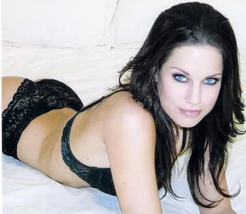 Female model photo shoot of Nadine Mckay in Paris, france