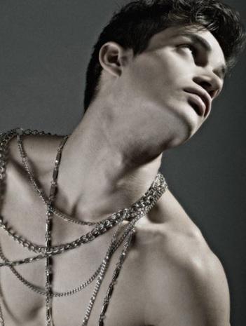 Male model photo shoot of Sergio Fernandez