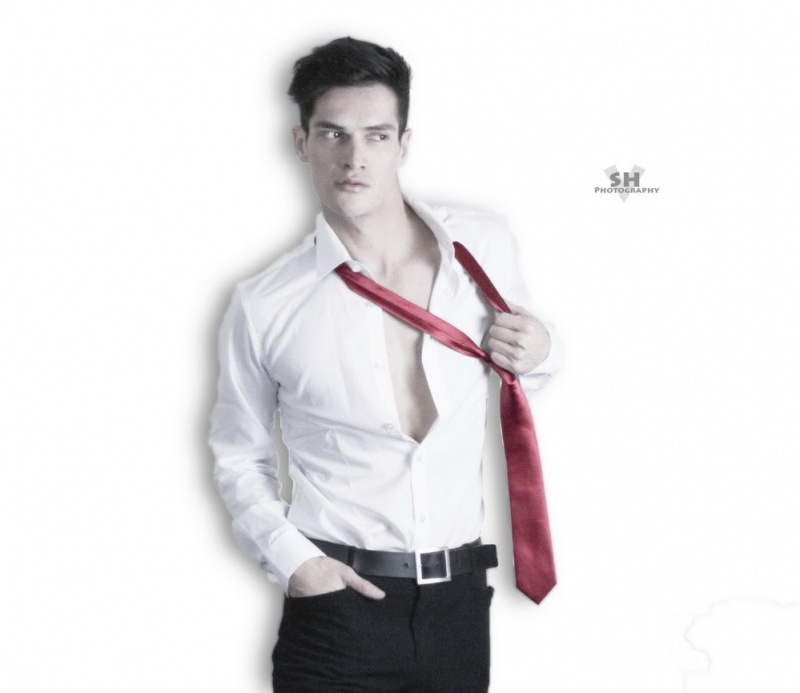 Male model photo shoot of Sergio Fernandez