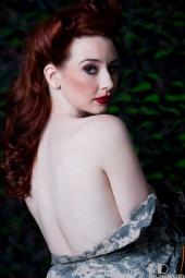 http://photos.modelmayhem.com/photos/110807/00/4e3e44bee9ecd_m.jpg