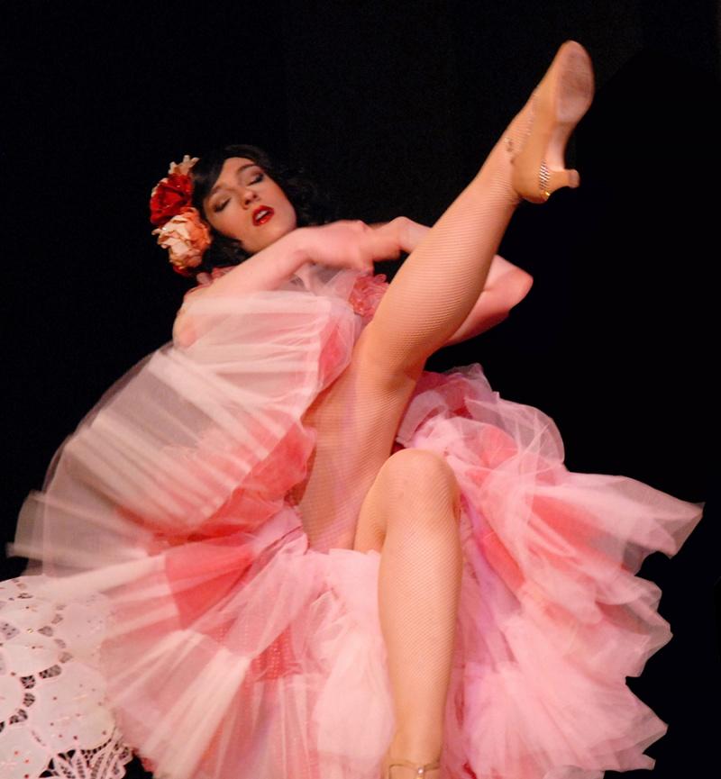 Portland, OR Aug 08, 2011 June 2010 Burlesque dancer, Jesse Belle-Jones