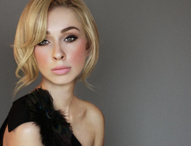 Female model photo shoot of Courtney Chau