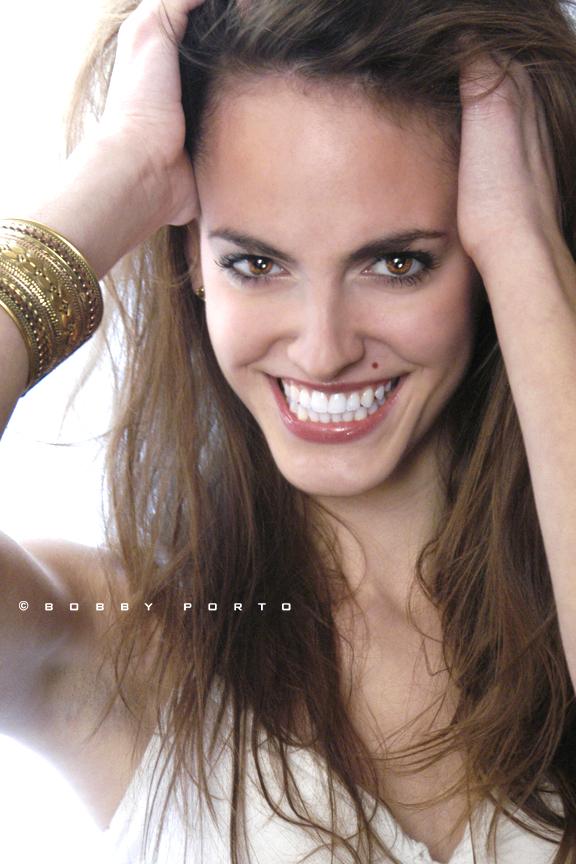http://photos.modelmayhem.com/photos/110811/05/4e43cbf1f2bde.jpg