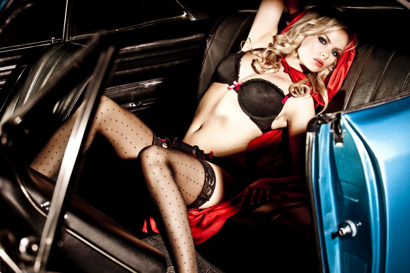 Male model photo shoot of Richard Northwood in The Backseat