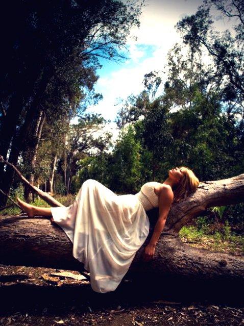Female model photo shoot of Bree Winderl