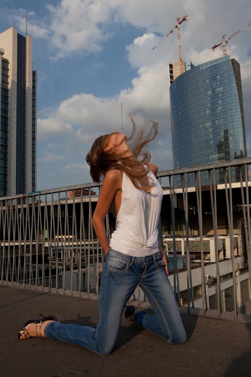 Female model photo shoot of Gnete Kaus in milano vento