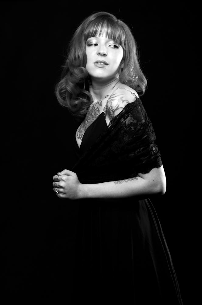 Female model photo shoot of Krystal Vaughn