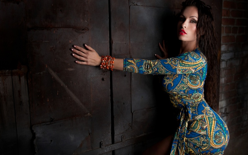 Female model photo shoot of Courtney Elyse Black by Isaac Matthew White  CA