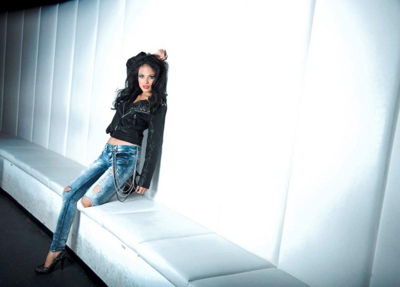 Female model photo shoot of Isabeli in Theatro Club, Ulm, Germany