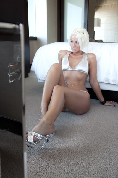 Female model photo shoot of Courtney Roxxx by Island Lime in Las Vegas