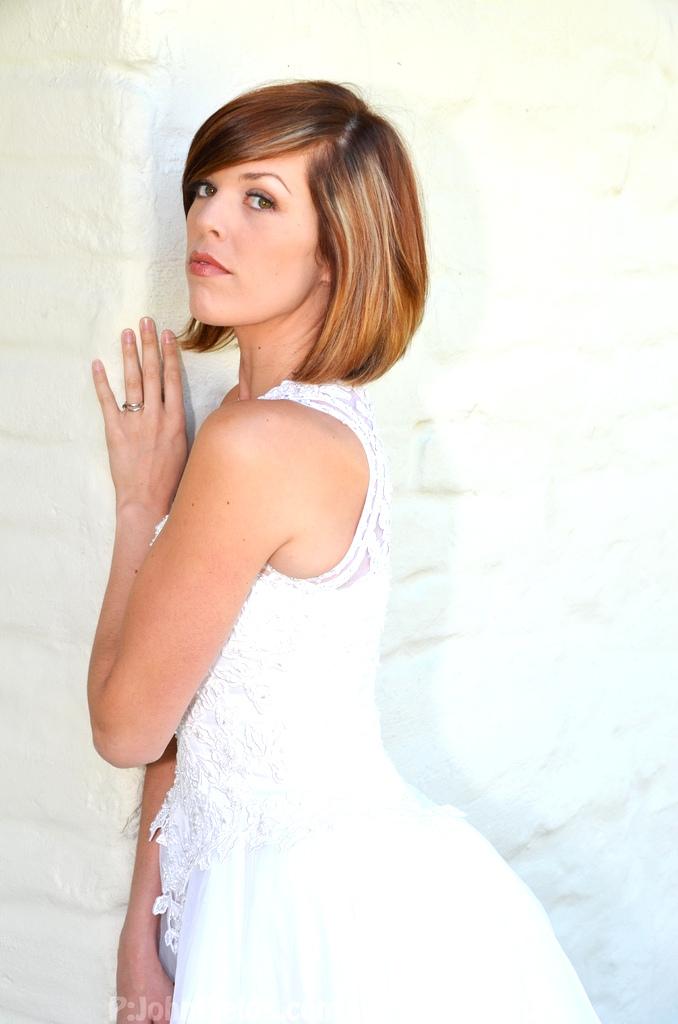 Female model photo shoot of EmmieL in Santa Clara
