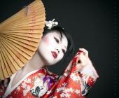 https://photos.modelmayhem.com/photos/110823/16/4e543ad41b6bc_m.jpg