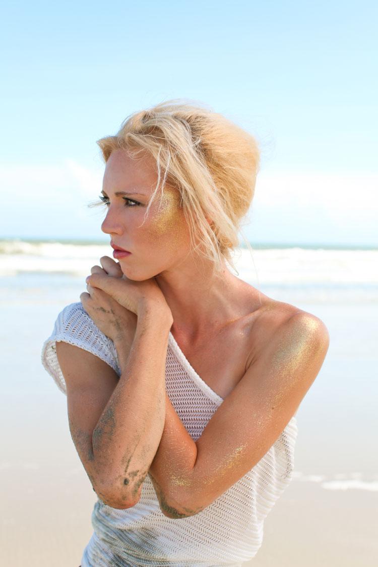 Female model photo shoot of Hannah Colclazier in Kiawah Island, SC