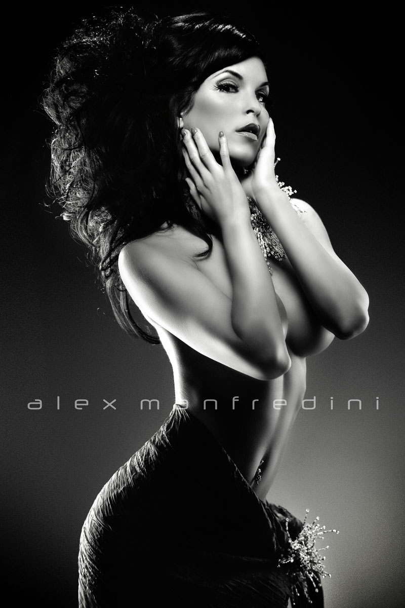 http://www.miamiglamourmodels.com/artistic-nude-fashion-photography.htm Aug 24, 2011 Alex Manfredini Nella by Alex Manfredini
