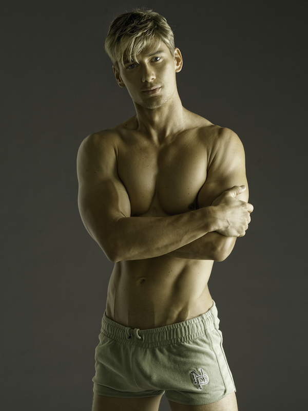 Male model photo shoot of Brent Tinsley by David Vance Photog