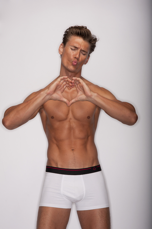 Male model photo shoot of Brent Tinsley
