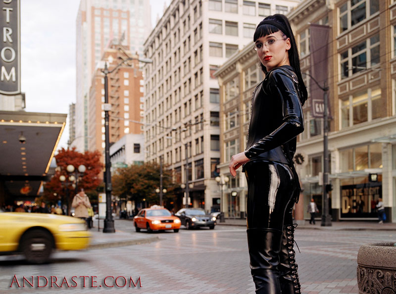 Male model photo shoot of Patrick Andraste