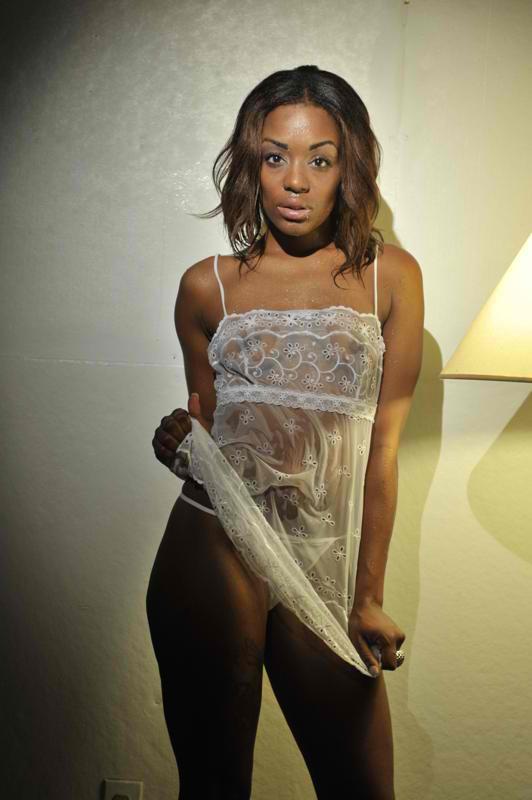 Female model photo shoot of Brittany Brownsuga