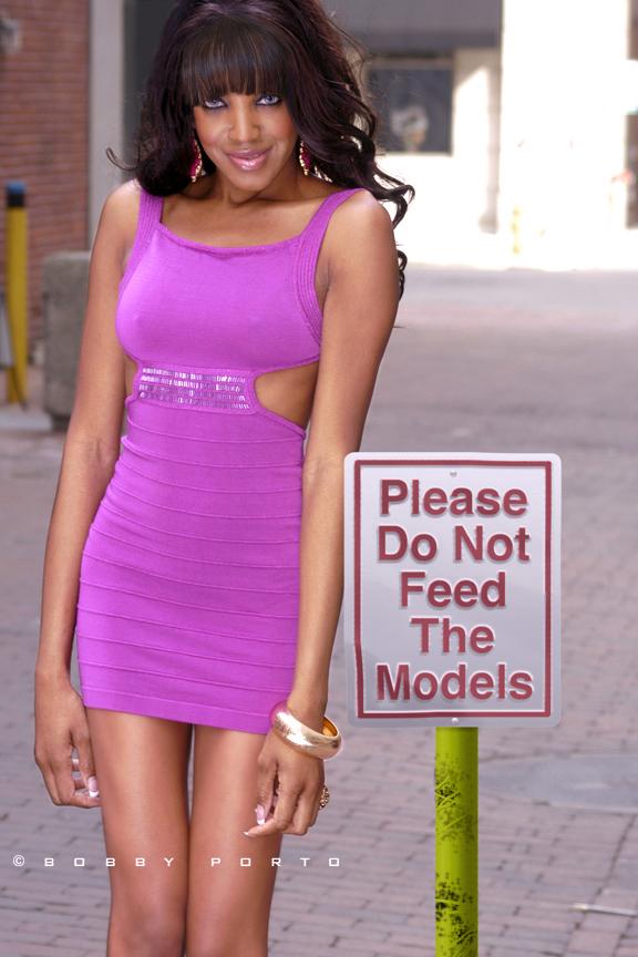 http://photos.modelmayhem.com/photos/110831/10/4e5e6c843ec33.jpg