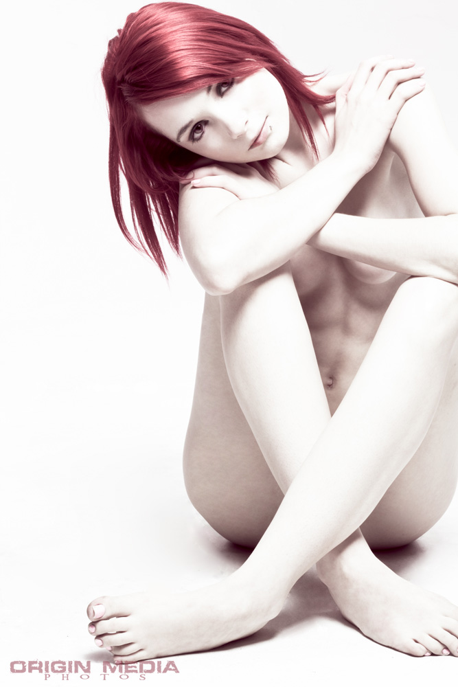 https://photos.modelmayhem.com/photos/110831/19/4e5eec12afa58.jpg