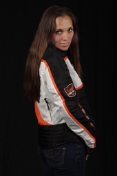 http://photos.modelmayhem.com/photos/110901/07/4e5f9aaa034bf_m.jpg