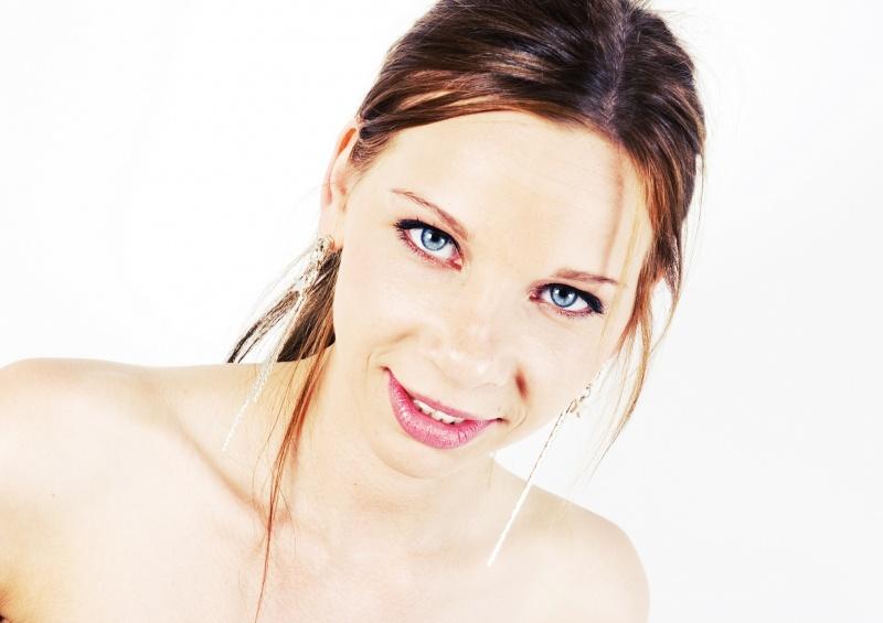 Female model photo shoot of Aphrodite1