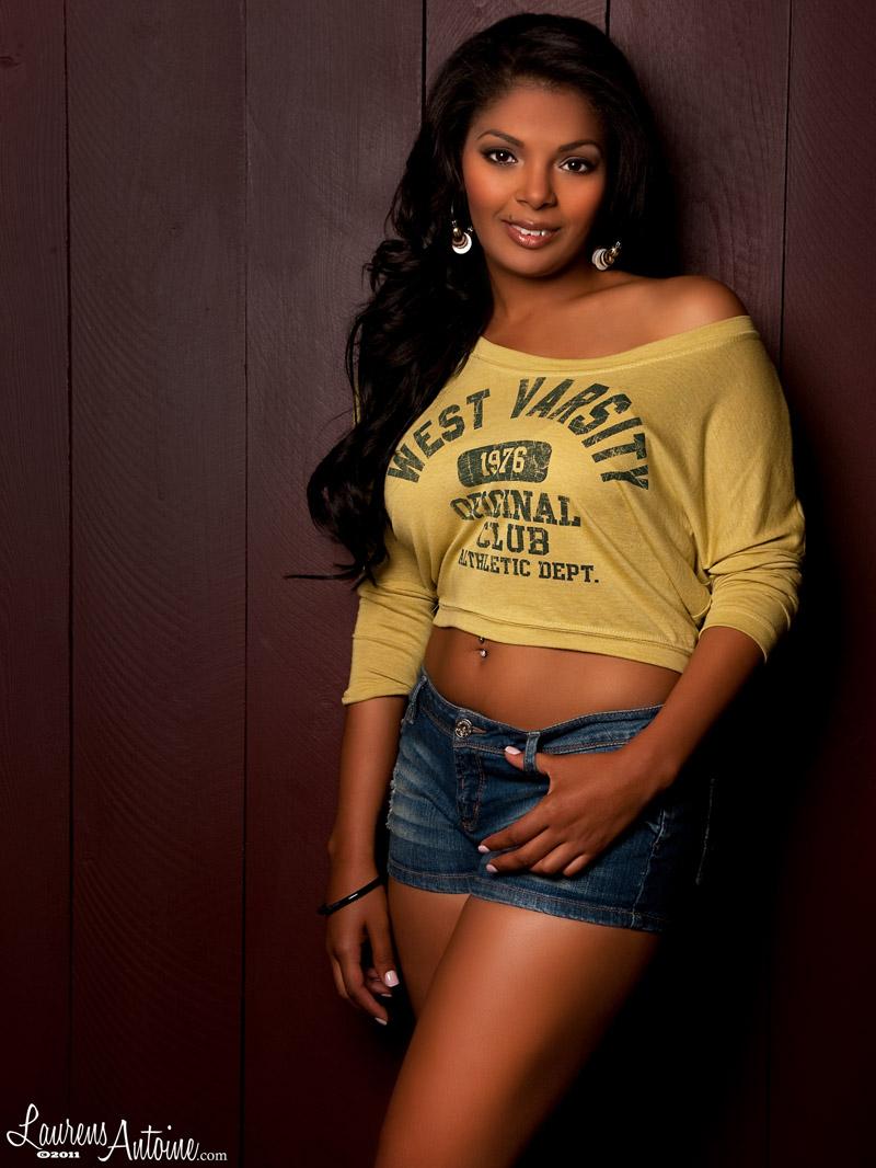 Female model photo shoot of LEANNA BARNES by LaurensAntoine 4 FHM in San Diego, makeup by Jazmin Strobelt