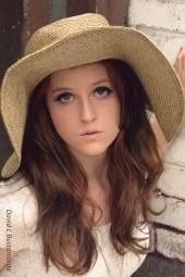 https://photos.modelmayhem.com/photos/110901/22/4e606f2fb234c_m.jpg