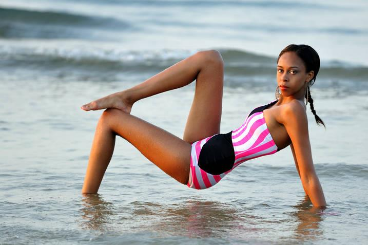 Sep 02, 2011 Swimsuit Shoot