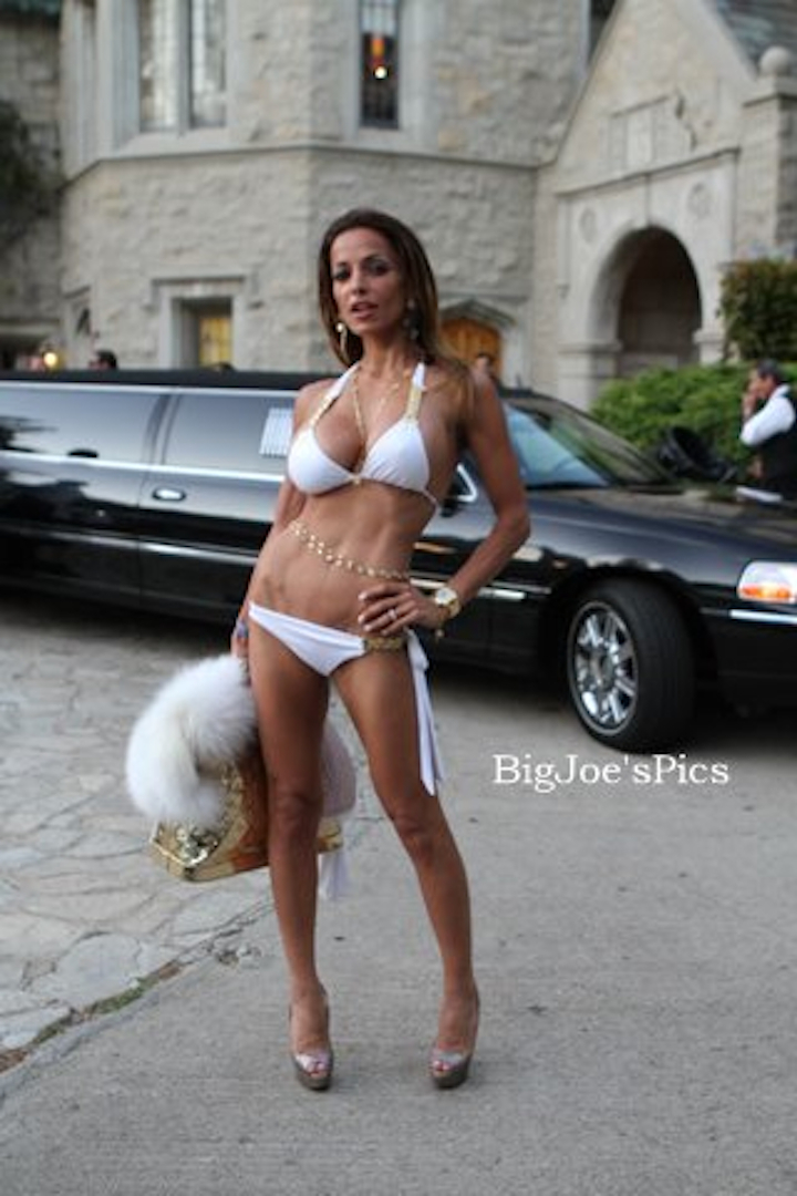 Playboy Mansion Sep 02, 2011 Rock the Mansion - August 27, 2011 elina s
