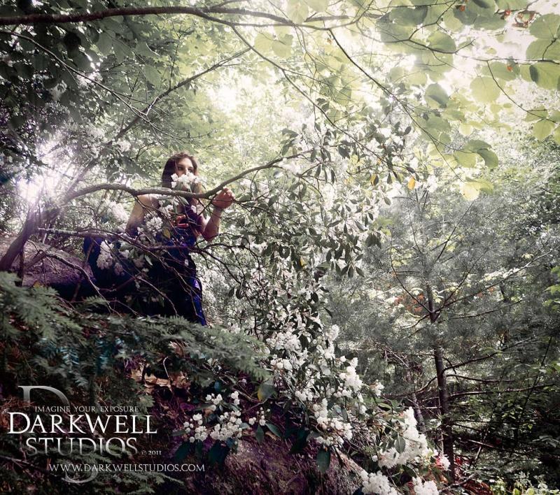 Male and Female model photo shoot of Darkwell Studios and Kiera Raven Monet