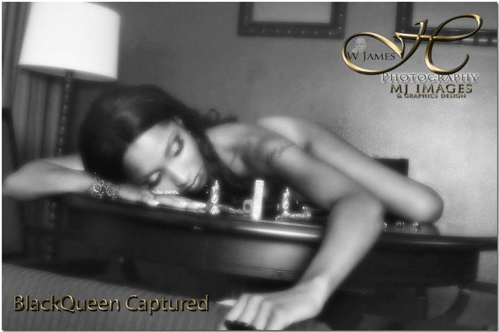 West Palm Beach, FL Sep 06, 2011 MJ Hunter Black Queen Captured