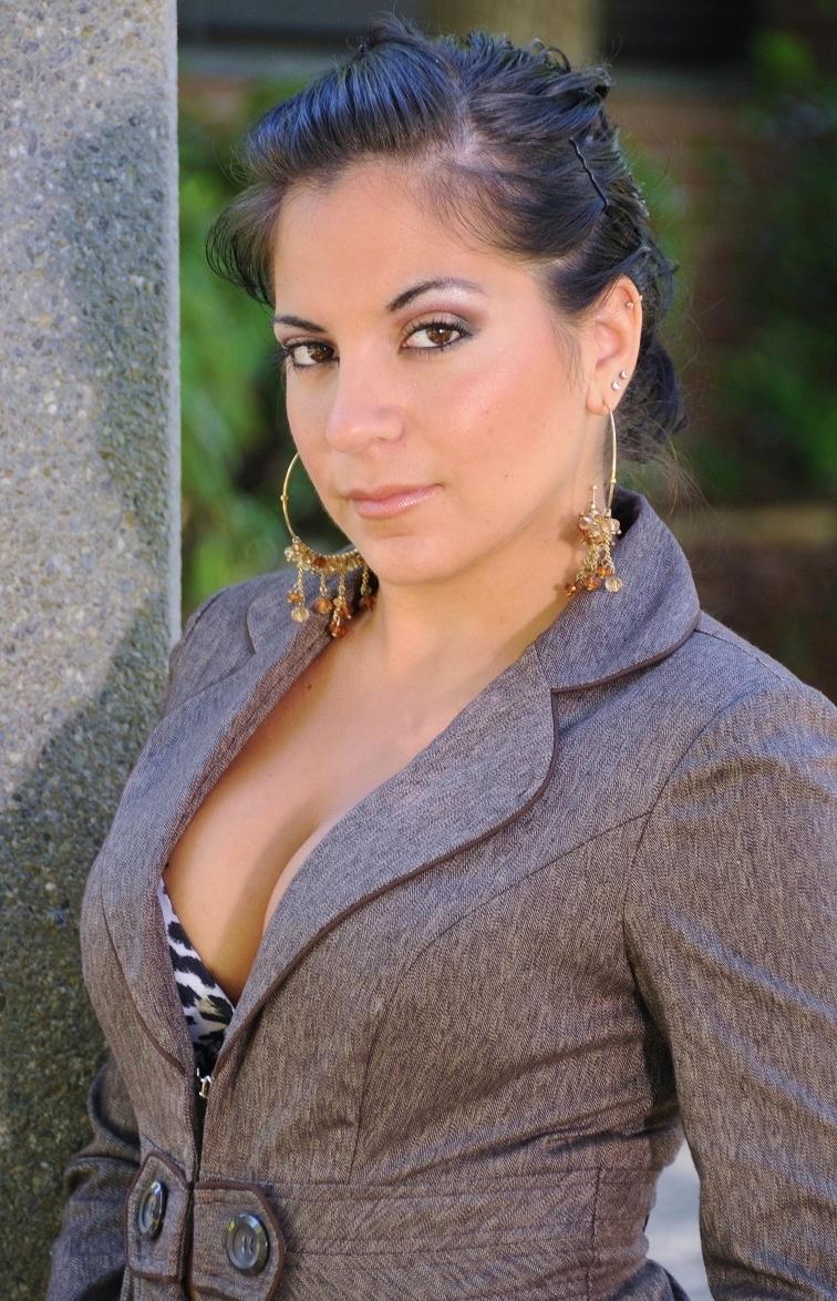 Female model photo shoot of Heidi Briseno