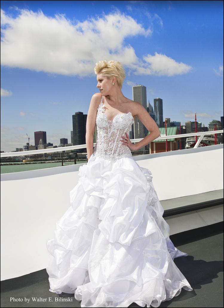 http://photos.modelmayhem.com/photos/110907/19/4e6826c95af32.jpg