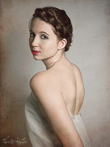http://photos.modelmayhem.com/photos/110907/20/4e6837cfb42bb.jpg