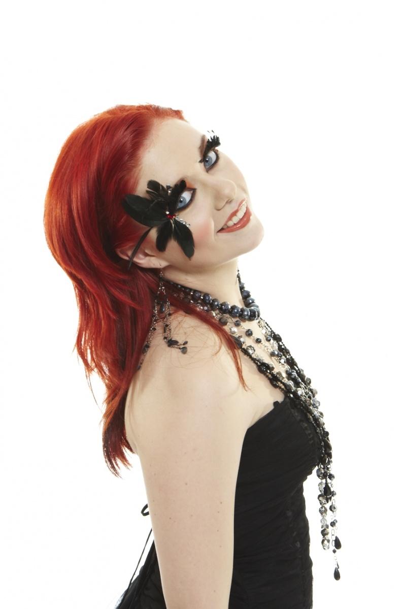 Female model photo shoot of Alexis Hurley