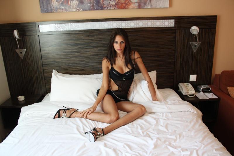 Male and Female model photo shoot of Double-K Photos and Kseniya Rebenko in Dubai, UAE