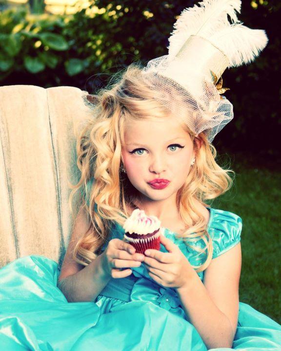 Sep 10, 2011 Alexis Tobin 2011 Alice In Wonderland