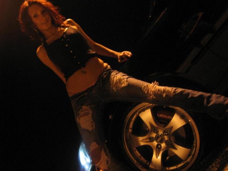 Female model photo shoot of angellamarieexo in Brampton