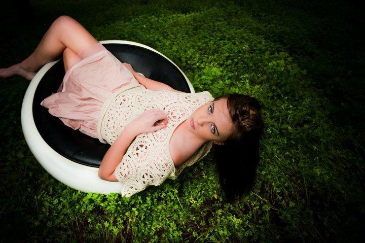Female model photo shoot of Emma-may