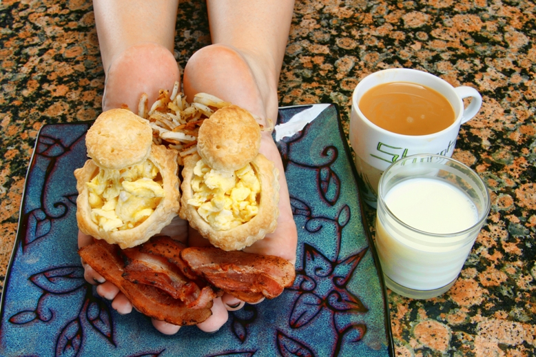 IBY Studios, Roseville, CA Sep 14, 2011 Images By Yancy 2011 Breakfast! Scrambled eggs in puff pastry, bacon, hash browns, coffee and milk