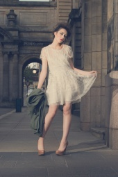 http://photos.modelmayhem.com/photos/110915/06/4e71fd83be5f3_m.jpg