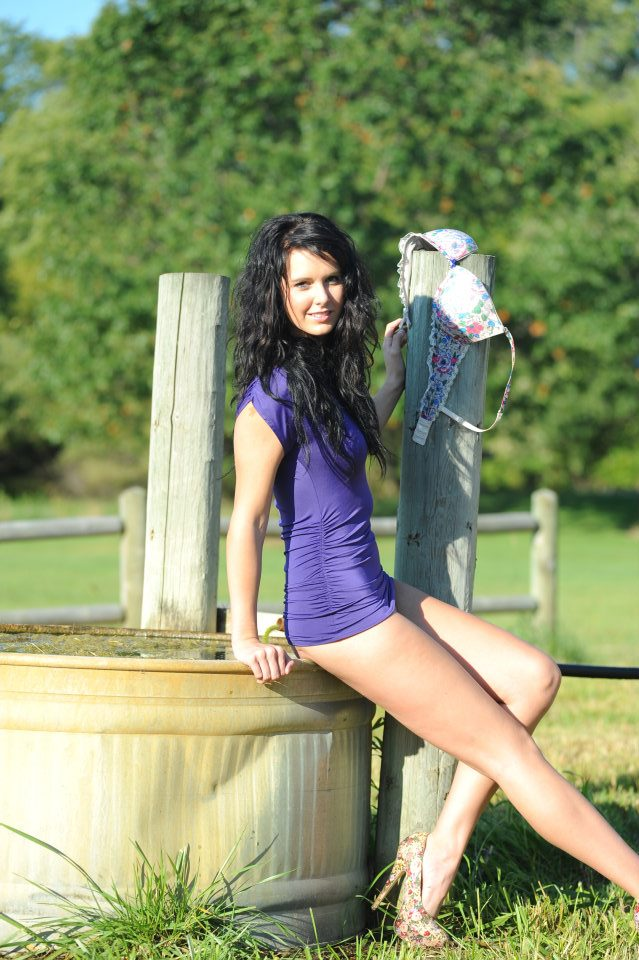 Female model photo shoot of Lexie Gutzmer by Arts and Dreams