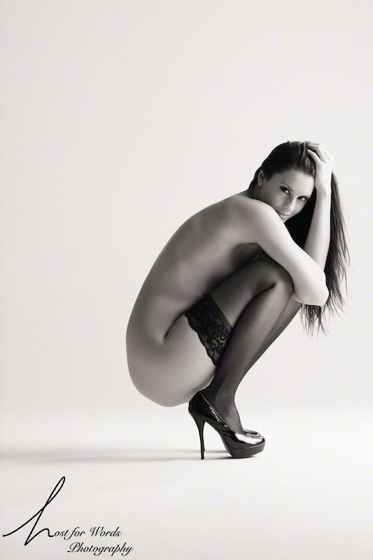 https://photos.modelmayhem.com/photos/110917/20/4e756aa77416a.jpg
