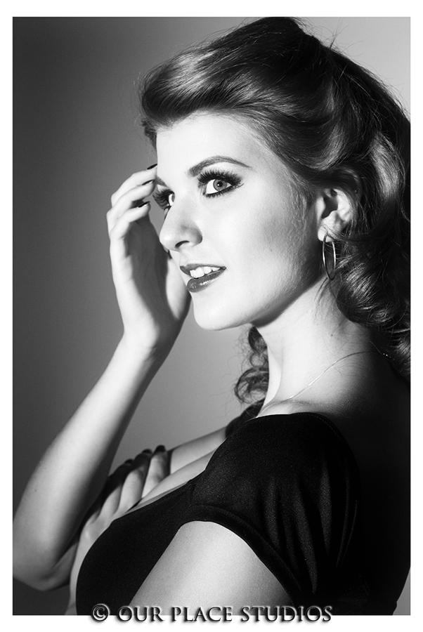 Female model photo shoot of Aubrey Dee