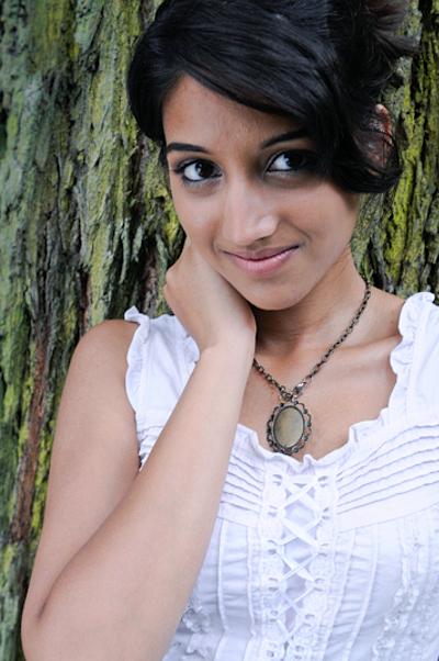 Female model photo shoot of Aakriti Gupta in One Tree Hill