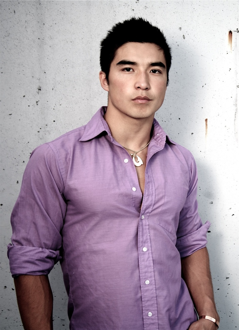 Male model photo shoot of Ludi Lin