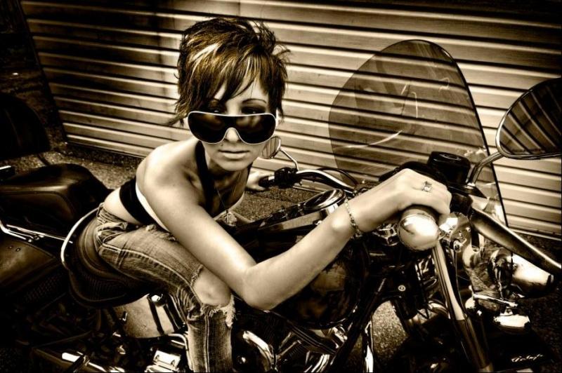 Female model photo shoot of angellamarieexo by Greg Komorek