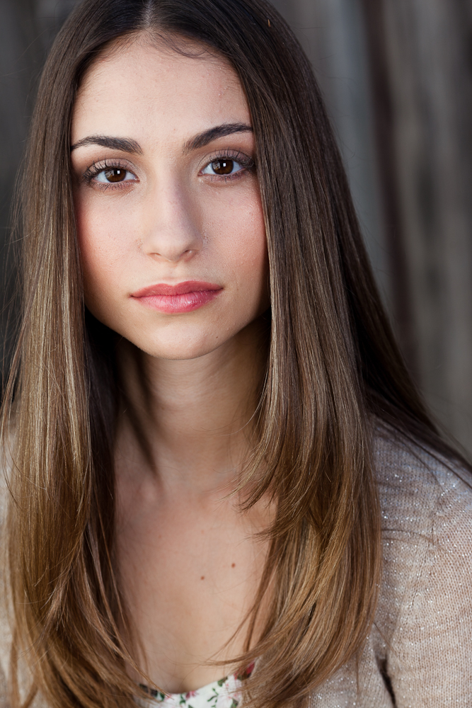 Female model photo shoot of Lynn Telzer