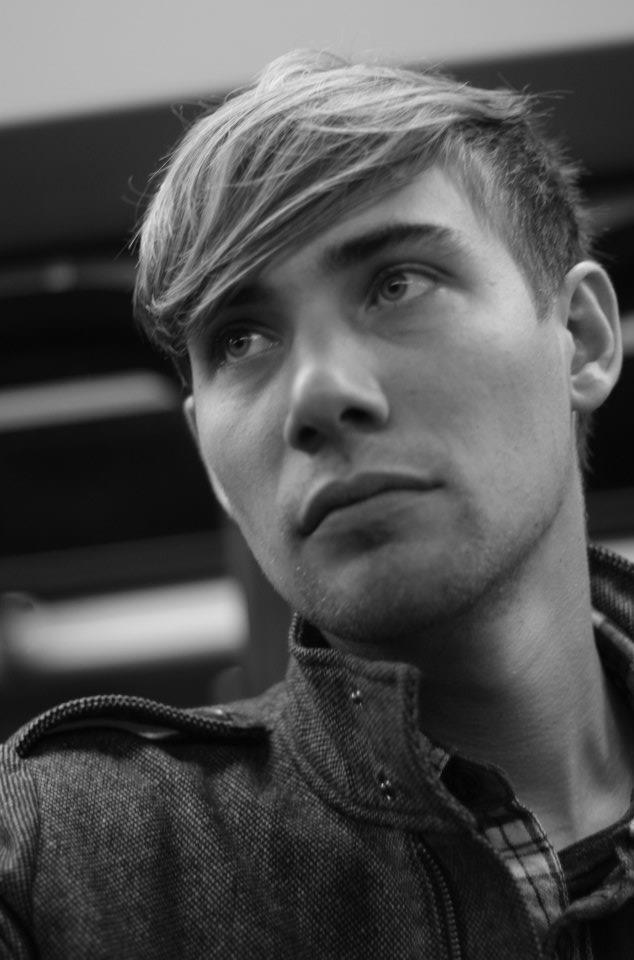 Male model photo shoot of Sven